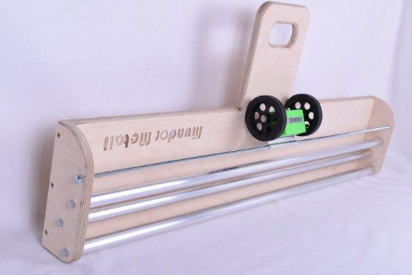 Tapetenabroller Holz mit Meterzähler